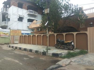 Schools & Universities Image of 900 Sq.ft 2 BHK Apartment for rent in Sayeedabad for 12000