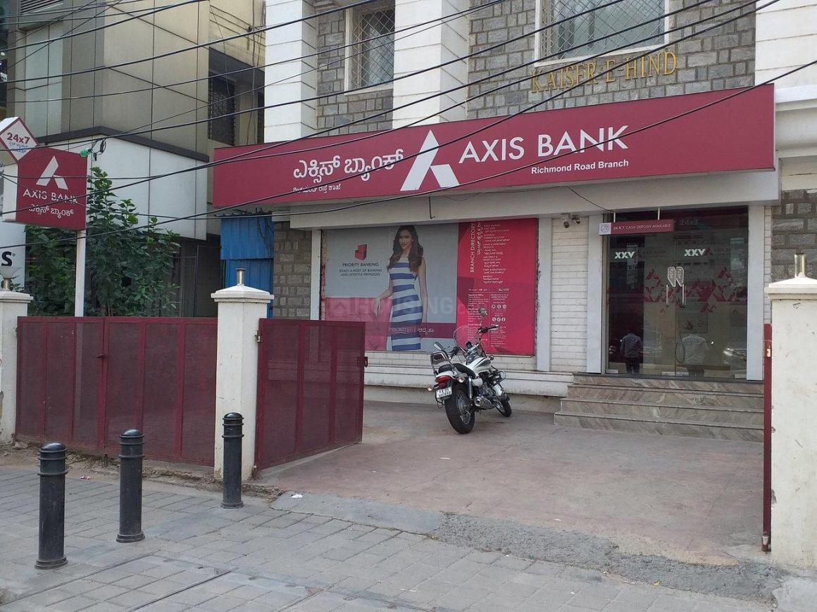 Banks Image of 3282 Sq.ft 3 BHK Apartment for buy in Ashok Nagar for 92000000