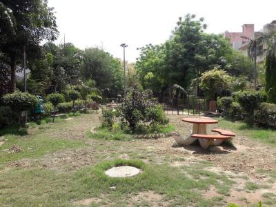 महारानी बाग  में 13500000  खरीदें  के लिए 13500000 Sq.ft 3 BHK इंडिपेंडेंट हाउस के पार्क  की तस्वीर