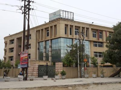 Schools & Universities Image of 1860 Sq.ft 3 BHK Apartment for rent in Vaishali for 22000