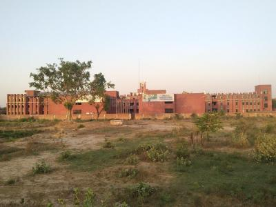 Schools & Universities Image of 1550 Sq.ft 3 BHK Independent Floor for buy in Sector 85 for 6500000