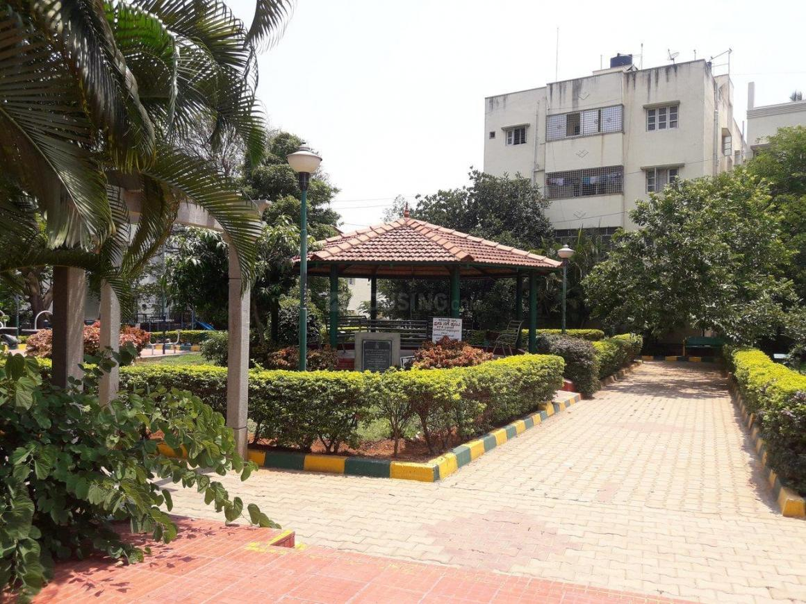 Parks Image of 925 Sq.ft 2 BHK Apartment for rent in Padmanabhanagar for 11000