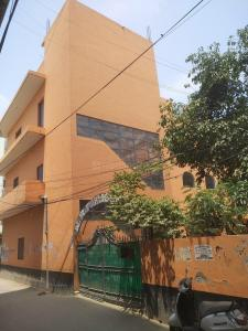 Schools &Universities Image of 0 - 900 Sq.ft 3 BHK Apartment for buy in Delhi Shubh Apartment Part 1