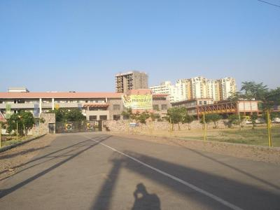 Schools & Universities Image of 950 Sq.ft 3 BHK Apartment for rent in Sector 82 for 8000