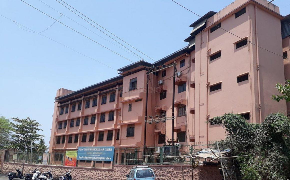 Schools &Universities Image of 0 - 585.0 Sq.ft 1 BHK Apartment for buy in Reputed Tulip CHS Ltd