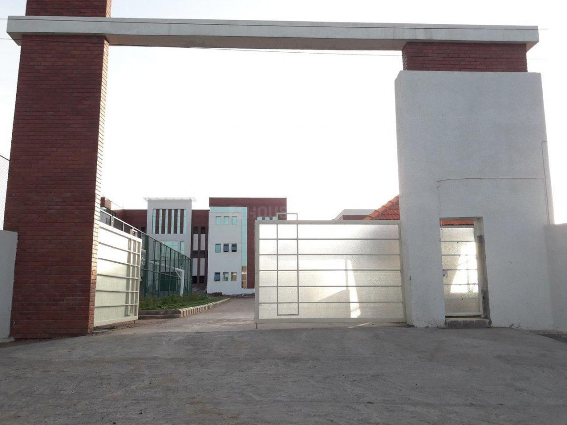 Schools & Universities Image of 920 Sq.ft 2 BHK Independent House for buy in Turkayamjal for 4200000