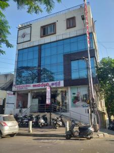 Hospitals & Clinics Image of 450 Sq.ft 1 BHK Independent House for rentin Vijayanagar for 8500