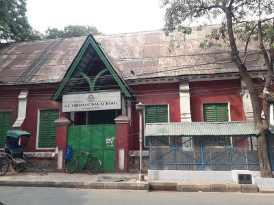 Schools & Universities Image of 225 Sq.ft 1 RK Apartment for rent in Taltala for 15000