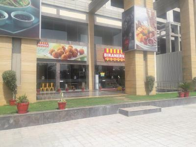 Food & Drinks Section Image of 650.0 - 1077.0 Sq.ft 1 BHK Apartment for buy in Elan Mercado