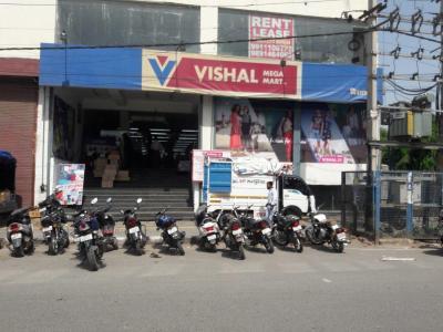चौहान होम्स 2 में खरीदने के लिए 2 - 1278.0 Sq.ft 2 BHK अपार्टमेंट सामान / सुपरमार्केट  की तस्वीर