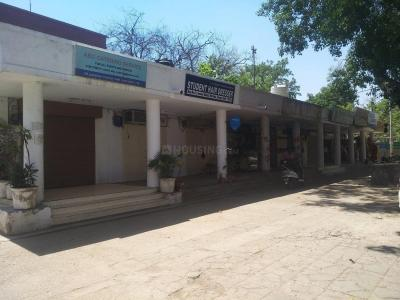 Groceries/Supermarkets Image of 2530.0 - 9615.0 Sq.ft 3 BHK Apartment for buy in Parsvnath La Tropicana