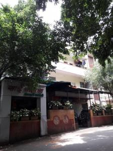 Hospitals & Clinics Image of 790.0 - 1030.0 Sq.ft 2 BHK Apartment for buy in Tech O Tech Mirablia