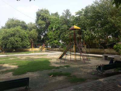 Parks Image of 351 Sq.ft 1 RK Apartment for buy in Raj Nagar for 1350000
