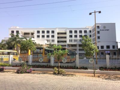 Schools &Universities Image of 145.21 - 268.77 Sq.ft 1 RK Apartment for buy in M Baria Bldg No 16 Violet