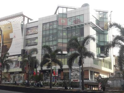 Shopping Malls Image of 1804 - 2224 Sq.ft 3 BHK Apartment for buy in Royal Serene PCH