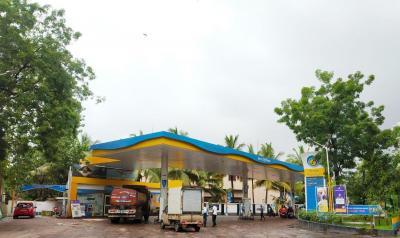 श्री रूपारेल नोवा में खरीदने के लिए 368.0 - 374.0 Sq.ft 1 BHK अपार्टमेंट पेट्रोल पंप  की तस्वीर