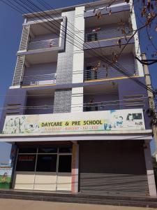 Schools &Universities Image of 1020 - 1339 Sq.ft 2 BHK Apartment for buy in Jain Salzburg