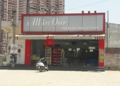 Shops Image of 1300 Sq.ft 3 BHK Apartment for rent in Pandav Nagar for 12000