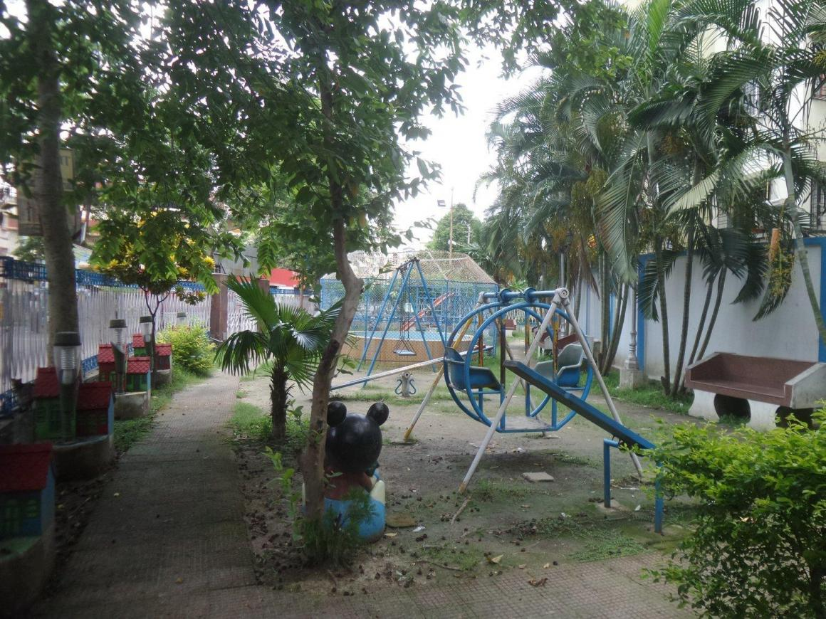 Parks Image of 1990 Sq.ft 4 BHK Independent Floor for buy in Garia for 13000000