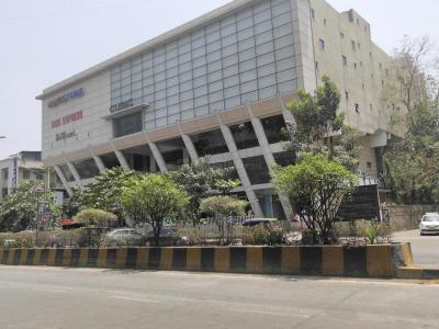 Shopping Malls Image of 1012 Sq.ft 2 BHK Apartment for buy in Tridhaatu Morya, Chembur for 16200000