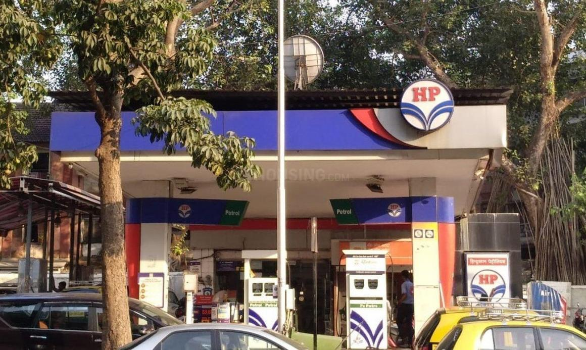 Petrol Pumps Image of 1650 Sq.ft 3 BHK Apartment for buy in Mazgaon for 61500000