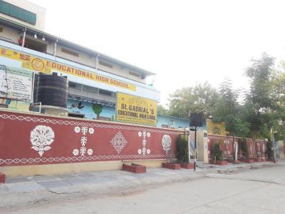 Schools &Universities Image of 975 - 1565 Sq.ft 2 BHK Apartment for buy in Apurupa's Sri Nivas Heights