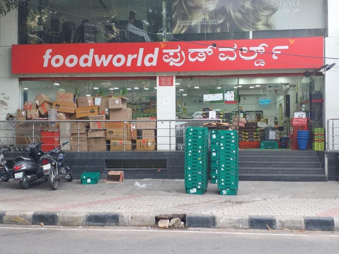 Groceries/Supermarkets Image of 2000 Sq.ft 3 BHK Independent House for buy in Jayanagar for 43000000