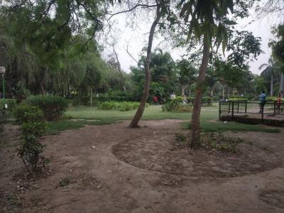रावल बिल्डर्स  साइट 1 में खरीदने के लिए 0 - 1197 Sq.ft 3 BHK इंडिपेंडेंट फ्लोर  पार्क  की तस्वीर