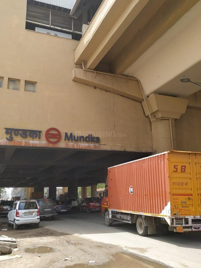 Mundka Metro Station