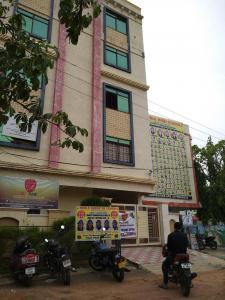 Schools & Universities Image of 1071 Sq.ft 2 BHK Apartment for rent in Kapra for 8500