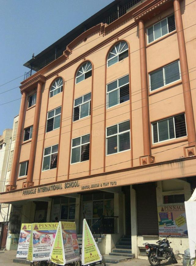 Schools & Universities Image of 1450 Sq.ft 3 BHK Apartment for buy in Asif Nagar for 8575000