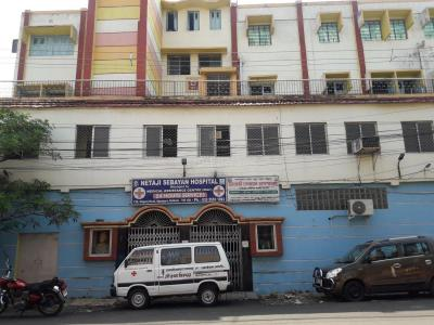 Hospitals & Clinics Image of 1000 Sq.ft 2 BHK Apartment for rentin Agarpara for 6000