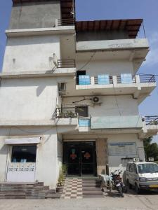 Hospitals & Clinics Image of 0 - 516.0 Sq.ft 1 BHK Independent Floor for buy in KTS Khatu Shyam Apartments