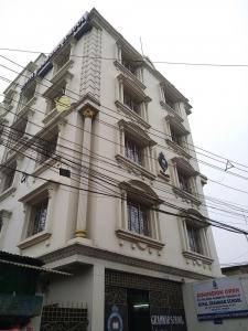 Schools & Universities Image of 1535 Sq.ft 3 BHK Apartment for rent in Topsia for 30000