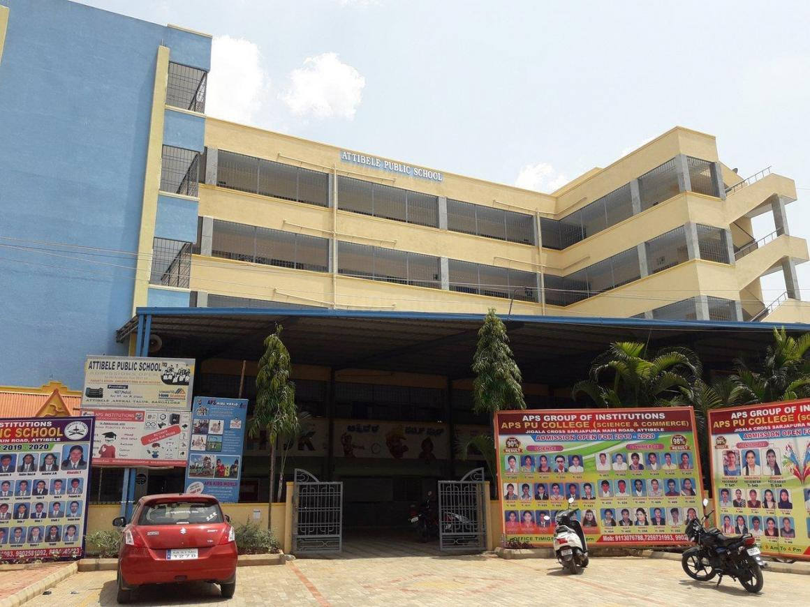 Schools & Universities Image of 950 Sq.ft 2 BHK Apartment for buy in Attibele for 2400000