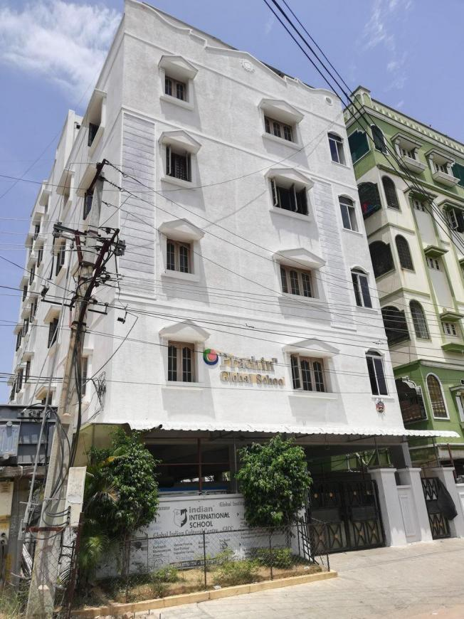 Schools &Universities Image of 1058.95 - 1615.99 Sq.ft 2 BHK Apartment for buy in Venkata Sai Projects Block A