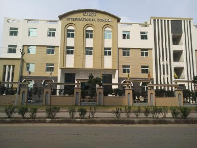 Schools & Universities Image of 1918 Sq.ft 3 BHK Apartment for buy in Spaze Privy AT4, Sector 84 for 8000000