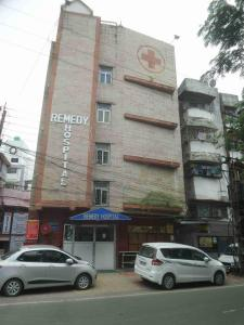 Hospitals & Clinics Image of 1350 Sq.ft 3 BHK Apartment for rentin Garia for 12000