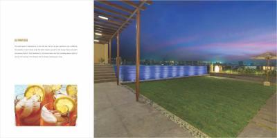 Clover Esperanza Brochure 17